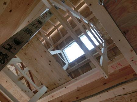 天井に大きな開口