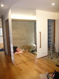 過去最大寸法の鏡施工